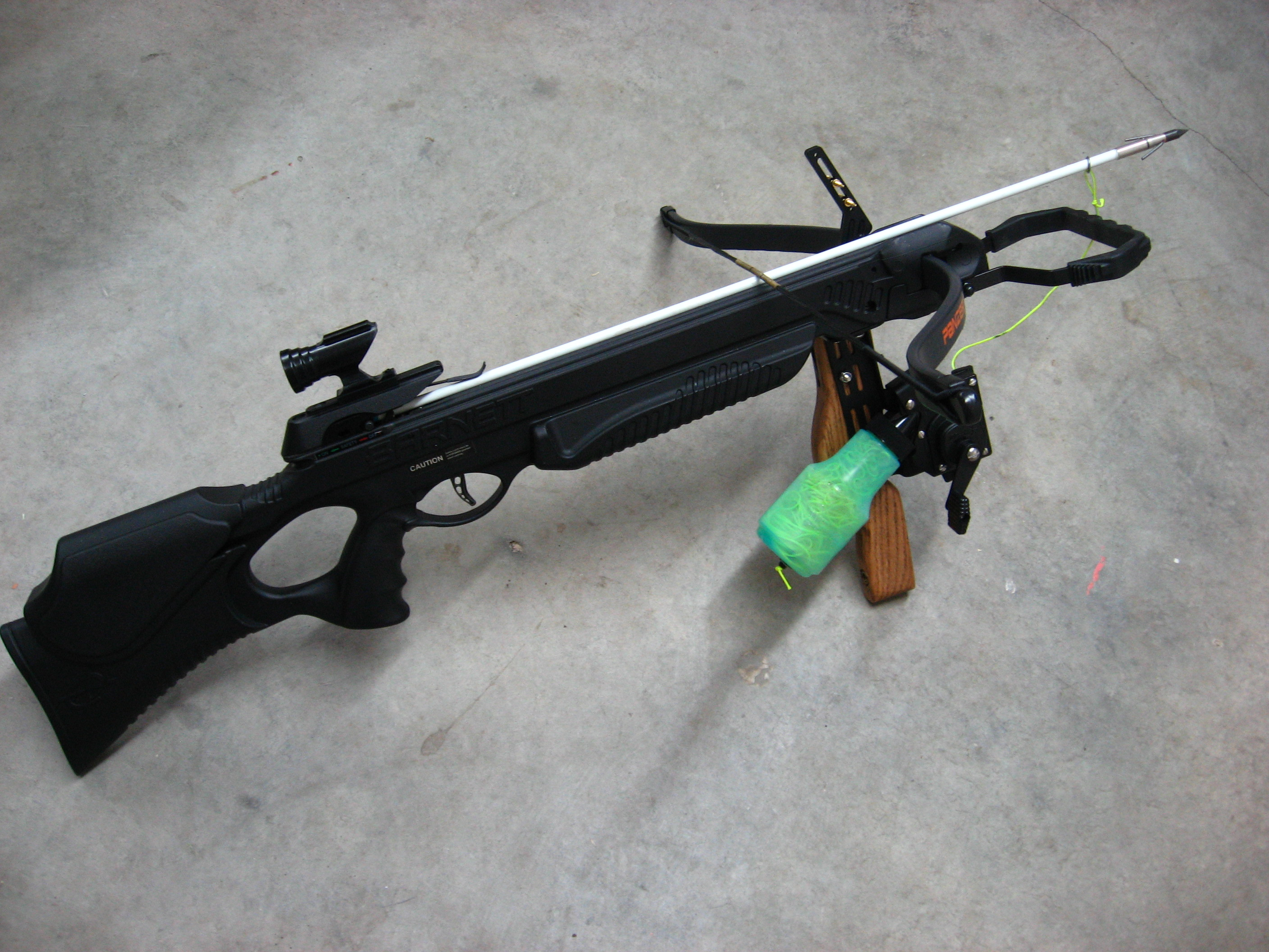 Gator pro panzer crossbow 3 or more stone gear for Crossbow fishing kit